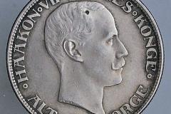 1875-